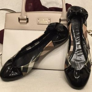 Authentic Burberry Ballet Nova Check Patent Flats